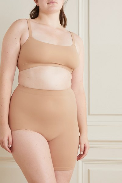 SKIMS seamless sculpt the solution 2 shorts - clay in beige