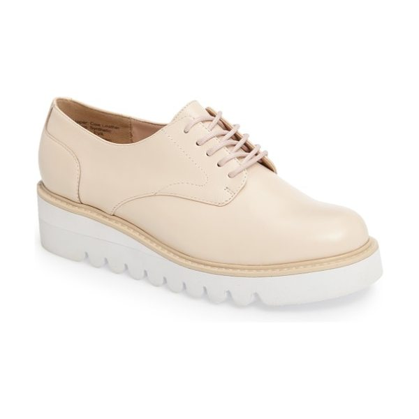 Sole Society kennedy platform oxford in vanilla leather - A superchunky contrast platform with exaggerated,...