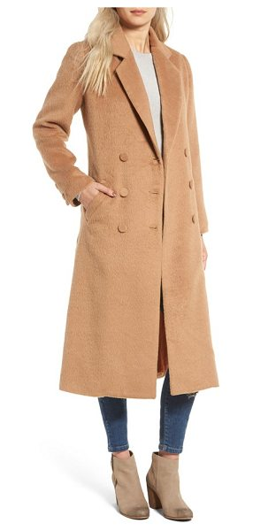 Somedays Lovin take me in trench coat in camel - Look completely chic while keeping warm this winter in a...