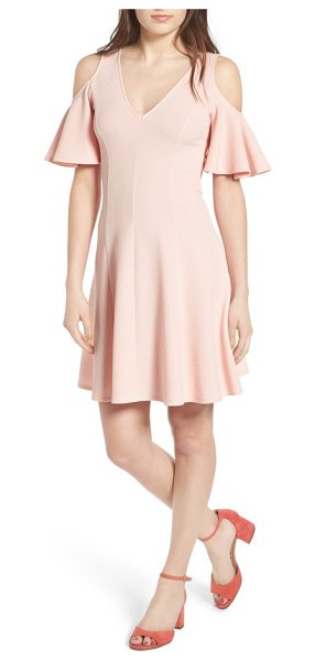 Soprano cold shoulder dress in light pink