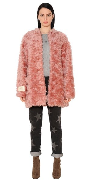 Stella McCartney Faux fur coat in pink - Front hook closure . Patch at cuff. Two side pockets....