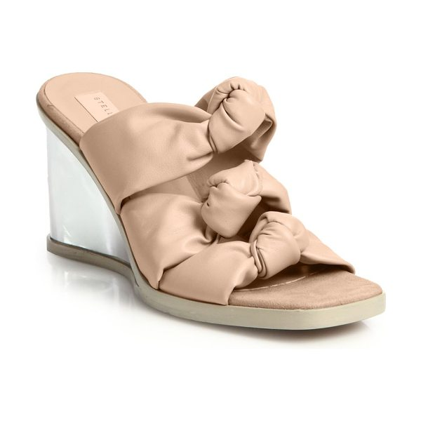 Stella McCartney Faux leather knotted mule wedge sandals in lightpink - Slip into effortless warm-weather chic with these...