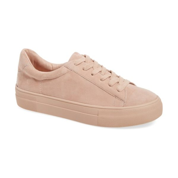 Steve Madden gisela low top sneaker in pink suede - Soft pastel suede textures an essential sneaker styled...