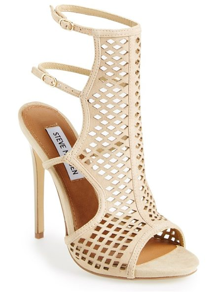 Steve Madden maylin cage sandal in natural suede - Amp up the drama with this trendsetting sandal featuring...