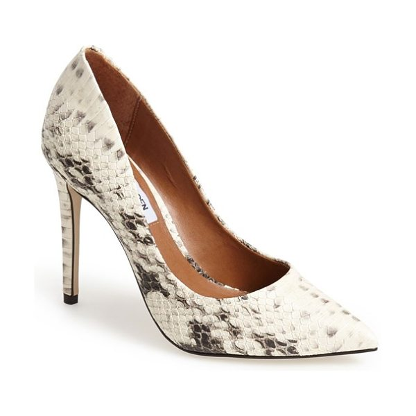 STEVE MADDEN proto pointy toe pump - An essential pointy-toe pump makes a sophisticated...