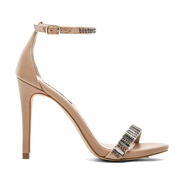 Steve Madden Suzanna heel in beige - Leather upper with man made sole. Heel measures approx...