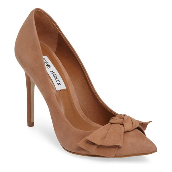 Steve Madden token pointy toe pump in camel nubuck leather - A delicate bow adorning the pointy toe extends the...