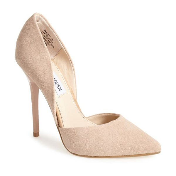 STEVE MADDEN varcityy pointy toe pump - The curvy lines of this alluring d'Orsay pump are...