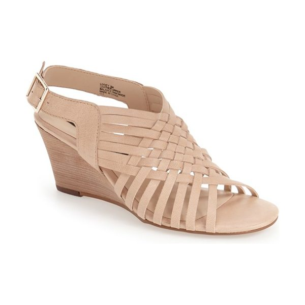 Steven by Steve Madden livvey wedge sandal in nude leather