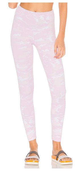 STRUT-THIS Camo Legging in pink camo - 80% poly 20% spandex. Stretch fit. STRR-WM131. 088A....