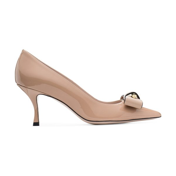 Stuart Weitzman Belle Pointe in adobe beige patent leather - The Belle Pointe pumps, crafted from patent leather, are...