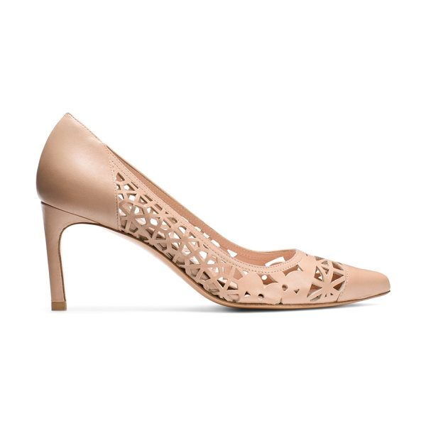 Stuart Weitzman Cutin in beige nappa leather - Meet the season's must-have mid-heel pumps: The CUTIN...