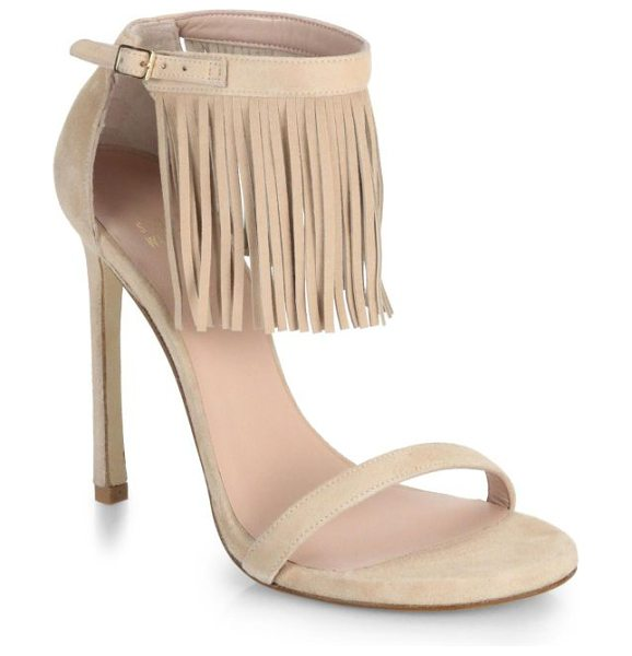 STUART WEITZMAN Fringed suede sandals in beige - A tier of swinging fringe adds a fashion-forward dose of...