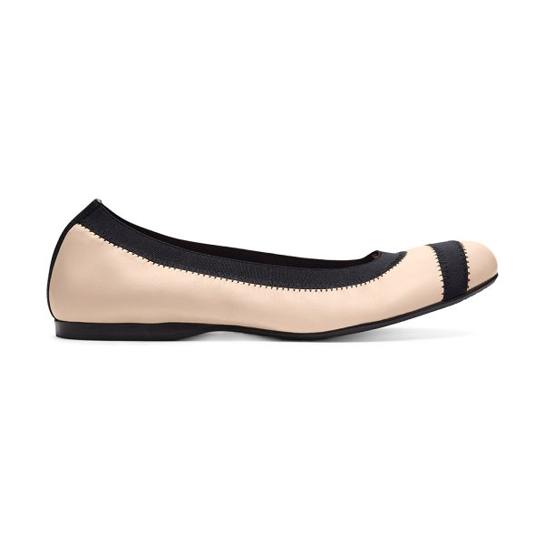 Stuart Weitzman Giveable - Sleek and simple in supple nappa, this...