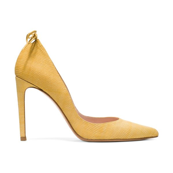Stuart Weitzman Peekabow in gold lizard embossed leather - Classic pumps get a bombshell boost via a subtly sexy...