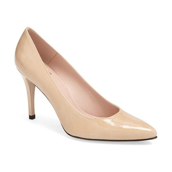 STUART WEITZMAN power pump - Polish your prance with a spectacular point-toe pump...