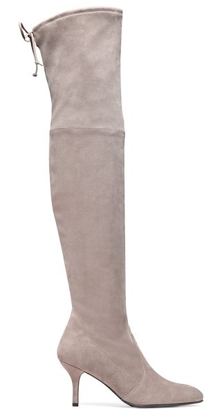 Stuart Weitzman Tiemodel in taupe suede - These over-the-knee boots were designed to flatter the...