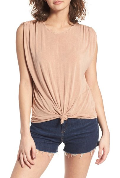 Sun & Shadow cinched sleeve tee in pink fawn - Cinched sleeves and a knotted hem add casual charm to...