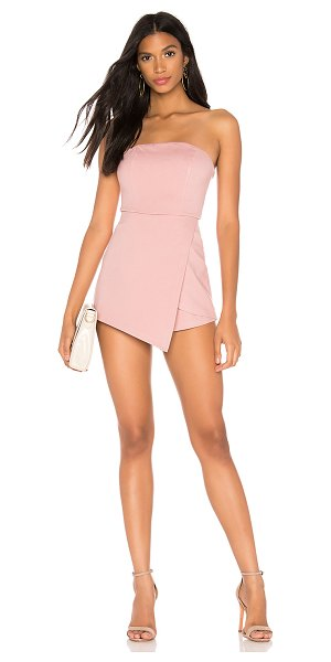 superdown avery strapless romper in blush