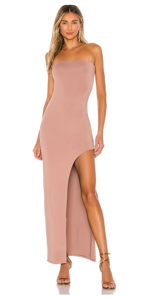 superdown toni slit maxi dress in mocha