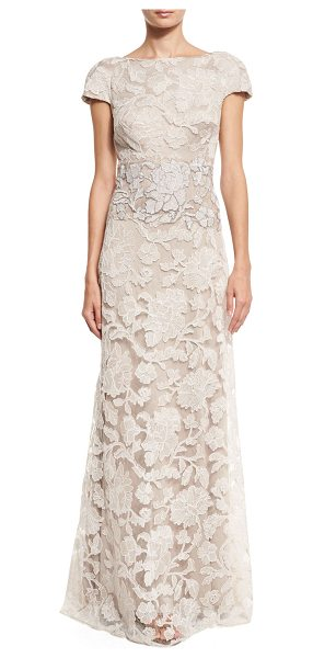 Tadashi Shoji Short-Sleeve Floral Lace Tulle Gown in latte/pumice