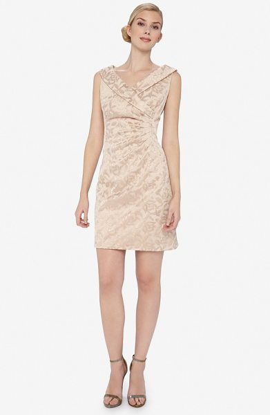 TAHARI shawl collar jacquard sheath dress - An elegant shawl collar crowns this beautiful jacquard...