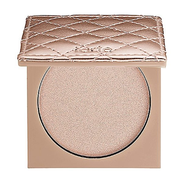TARTE provocateur amazonian clay shimmering powder champagne - A shimmering pressed powder that adds a subtle glow to...