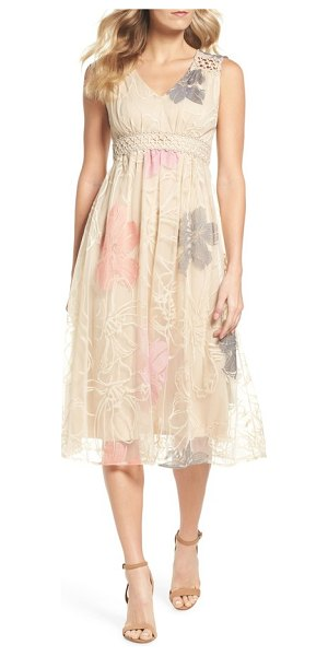 TAYLOR DRESSES floral embroidered sleeveless dress - Embroidered blooms and lacy accents romance this flowy...