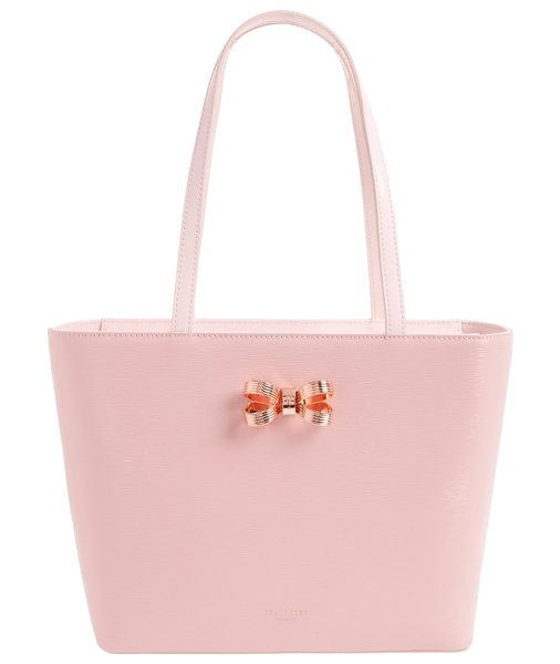 Ted Baker small lamica patent leather shopper in light pink - Instantly elevate your around-town style with a subtly...