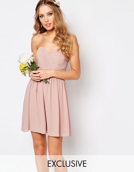 TFNC WEDDING Bandeau Chiffon Mini Dress in pink - Dress by TFNC, Lined chiffon, Sweetheart bandeau...