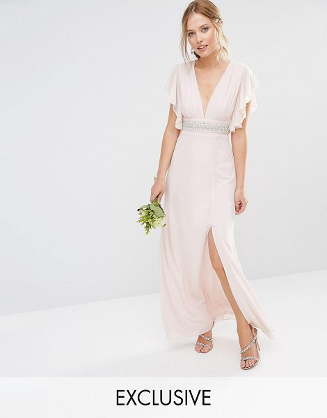 TFNC WEDDING Fluted Sleeve Embellished Waist Maxi Dress in pink - Maxi dress by TFNC, Lined chiffon, V-neckline,...