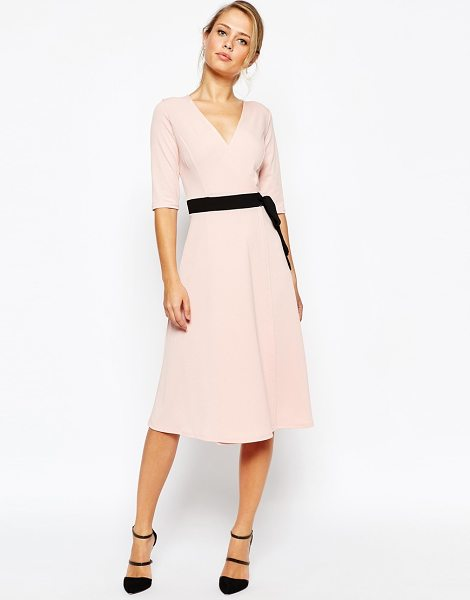TFNC Wrap front midi dress with obi belt in nudeblackbelt - Midi dress by TFNC Textured stretch fabric Deep...