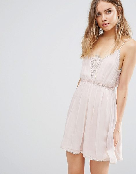 THE JETSET DIARIES Basilica Slip Dress in pink - Dress by The Jetset Diaries, Lightly crinkled woven...
