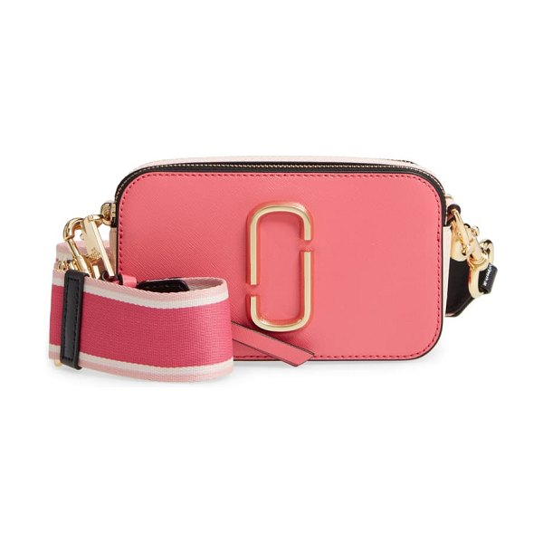 THE MARC JACOBS snapshot crossbody bag in pink