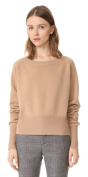 Theory relaxed cashmere sweater in camel - This cropped cashmere Theory sweater has an easy...