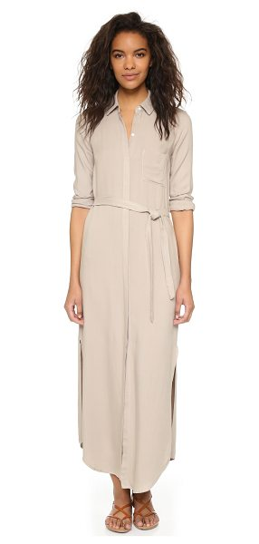 Three Dots Maxi shirtdress in caribbean sand - A menswear inspired Three Dots shirtdress with a...