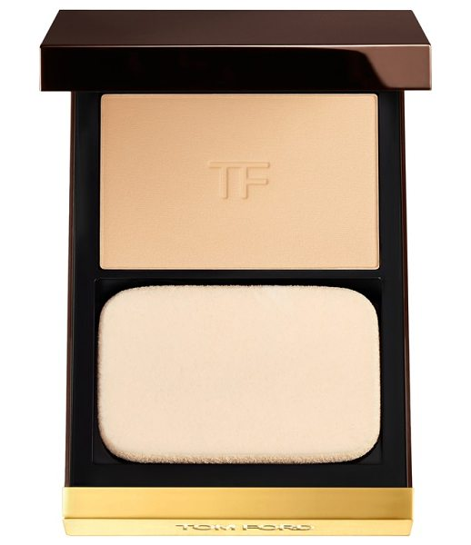 Tom Ford flawless powder foundation in cream - This versatile foundation by Tom Ford glides onto skin...