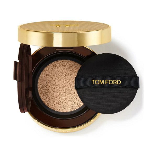 Tom Ford shade and illuminate soft radiance foundation cushion compact spf 45 in 2.0 buff