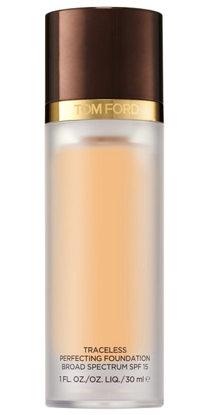 Tom Ford traceless perfecting foundation spf 15 in 2.0 buff - What it is: A natural-finish, long-wearing,...