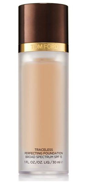 Tom Ford traceless perfecting foundation spf 15 in 4.7 cool beige - What it is: A natural-finish, long-wearing,...
