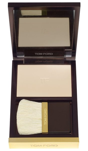 Tom Ford Translucent finishing powder in alabaster nude