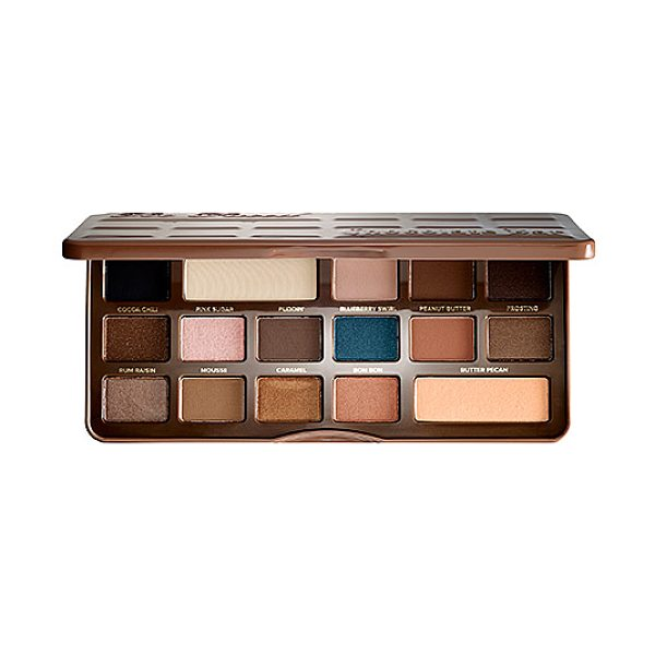 Too Faced semi sweet chocolate bar - An antioxidant-rich, cocoa powder-infused eye shadow...