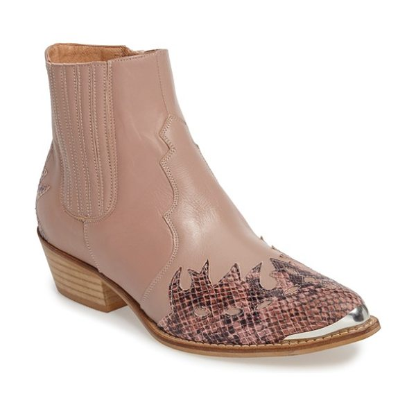 Topshop 'arson' western ankle boots in nude - Decorative stitching and a patent-leather overlay extend...