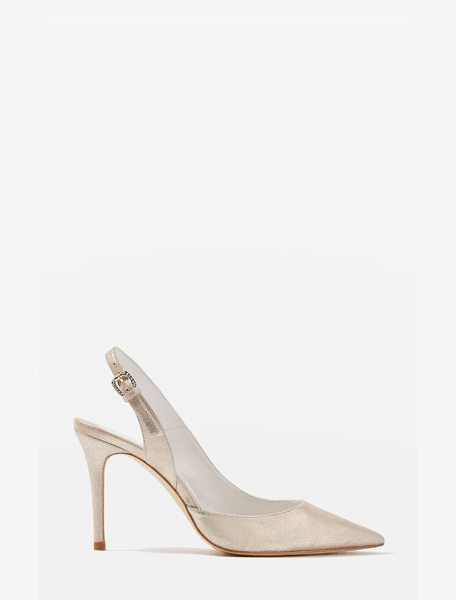 Topshop bride bailey pointy toe pumps in gold - It's the details that make these pointy-toe pumps so...