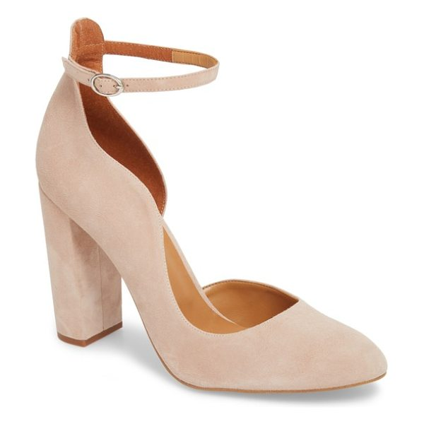 Topshop gracie block court asymmetrical pump in beige - Gorgeous curves shape the asymmetrical topline of an...