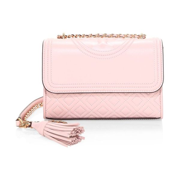 Tory Burch fleming small leather shoulder bag in shellpink - Embroidered logo adorns quilted leather crossbody....