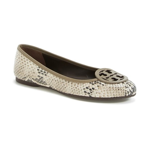 Tory Burch louisa logo ballet flat in natural/ fango - A bold, cutout logo brands Tory Burch's classic Louisa...