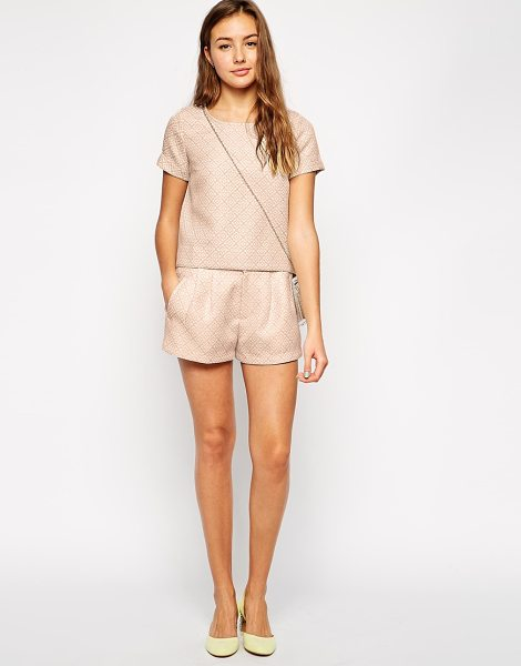 Traffic People Cloud watching jacquard shorts in fawn - Shorts by Traffic People Lightweight jacquard Regular...