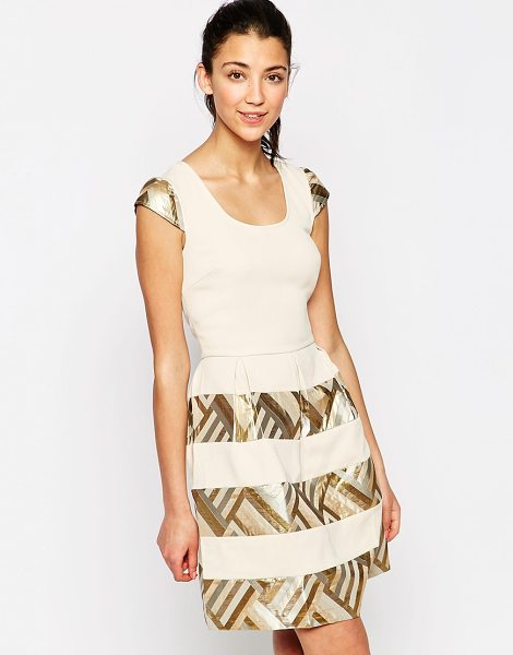 Traffic People Little coquette dress in cream - Dress by Traffic People Lined, silky feel fabric Round...