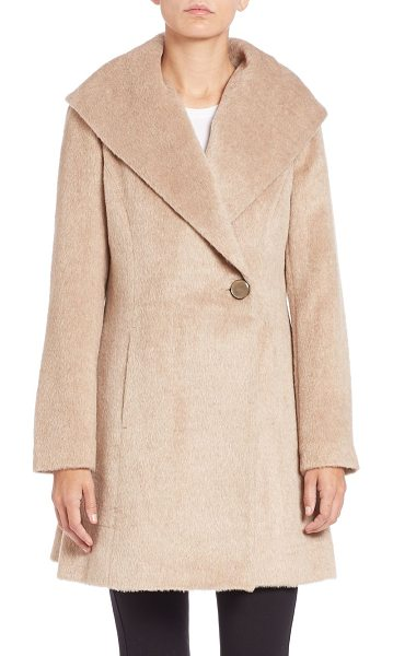 TRINA TURK Bonnie fit-&-flare coat in fawn - An oversized collar and flared silhouette add visual...